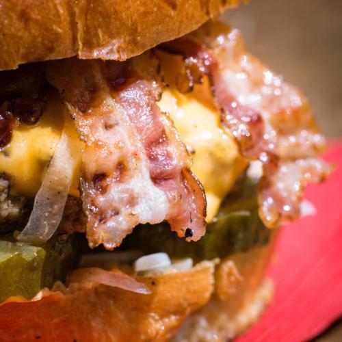 Chuck Bacon Cheese Burger